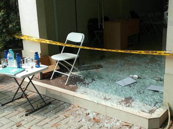 Polisi: Kantor Go-Jek Dilempar, Bukan Ditembak