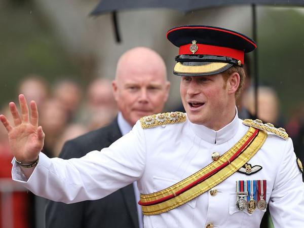 Pangeran Harry Latihan Militer di Australia