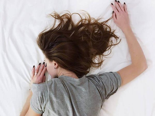 Larangan Langsung Tidur Setelah Makan, Mitos atau Fakta?