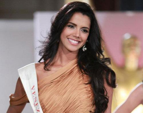 Miss Venezuela Rebut Mahkota Miss World 2011