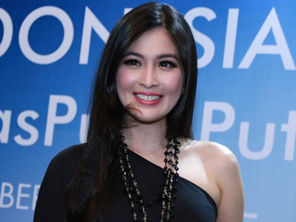 Jelang Pernikahan, Beginilah Cantiknya Sandra Dewi Nikmati Pesta Bujang