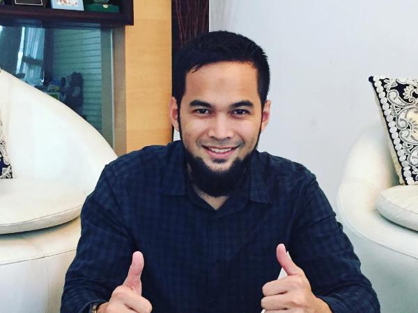 Rayakan Kemerdekaan RI Ke-71, Teuku Wisnu Rilis Games Panjat Pinang