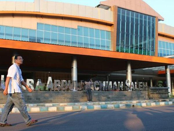 Erupsi Gunung Bromo, Bandara Abdulrachman Saleh di Malang Ditutup