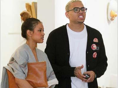 Ketahuan Cumbu Rihanna, Karrueche-Chris Brown Putus