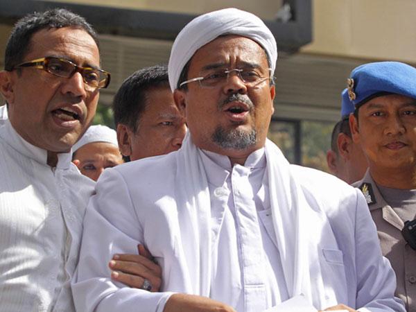 Alumni 212 Sebut Habib Rizieq Pulang ke Indonesia Februari 2018