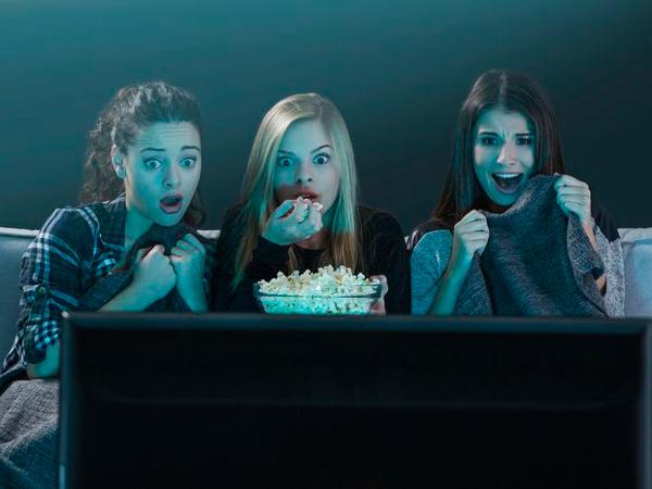Menoton Film Horor Tenyata Memiliki Dampak Positif Bagi Kesehatan, Ini Penjelasannya