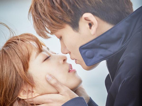 Kocak, Begini 'Pemanasan' Hyungsik dan Park Bo Young Sebelum Lakoni Adegan Ciuman