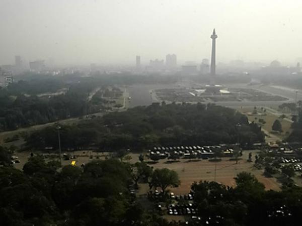 Langit Jakarta Akan Diselimuti Kabut Asap Hingga Tiga Hari ke Depan