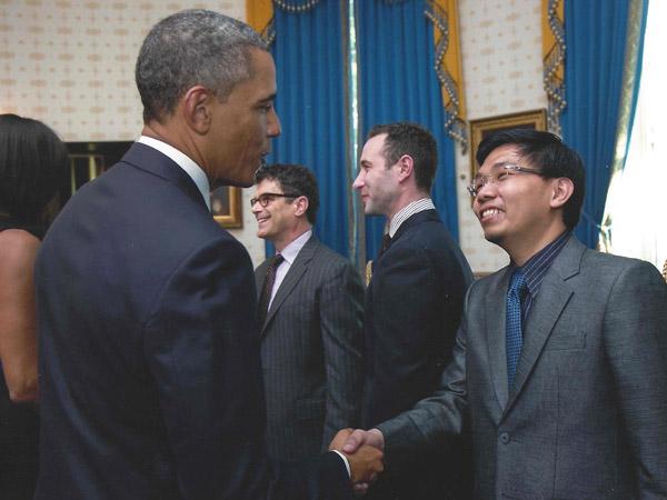 Saksi Kunci Kasus E-KTP yang Tewas di Amerika Ini Ternyata Donatur Terbesar Barack Obama