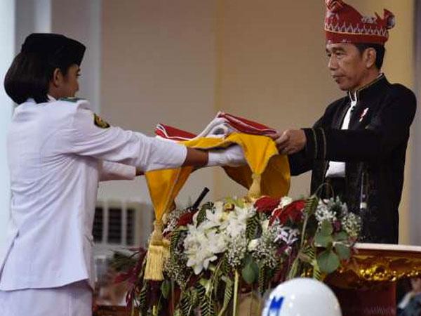 Presiden Jokowi Ungkap Rahasia Bisikan Ke Paskibraka Ini, Apa Isi Pembicaraannya?