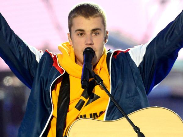 Penghormatan dan Pesan Mengharukan Justin Bieber di Konser Amal Bom Manchester