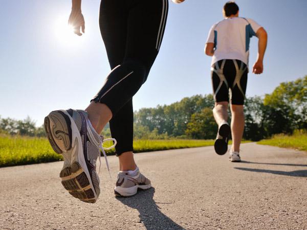 Tetap Bugar Saat Puasa dengan 4 Jenis Olahraga Ringan Ini!