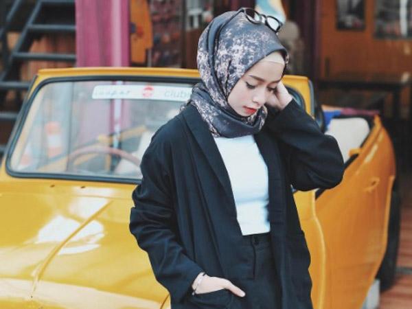 Outfit Ramadhan Tetap Kekinian dengan Mix and Match Nuansa Hitam!