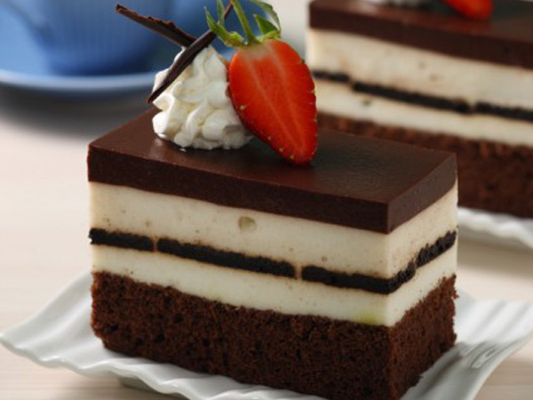 Yummy, Intip Resep Kreasi Perpaduan Cake dan Puding Cokelat