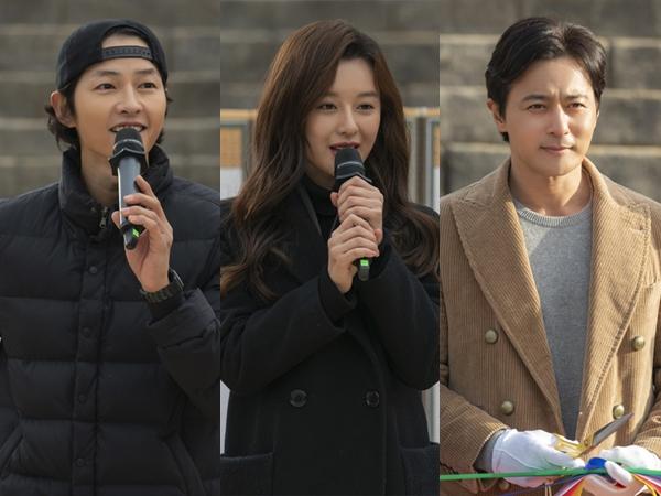 Song Joong Ki dan Jajaran Pemain Hadiri Peresmian Syuting Drama 'Asadal'