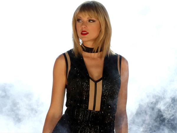 Setelah Hapus Postingan, Taylor Swift Unggah Video Ular!