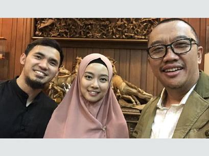 Dapat Doa dari Menpora, Pasangan Atlet Wushu Achmad Hulaefi-Lindswell Kwok Akan Segera Menikah?