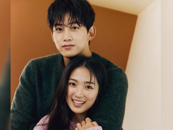 Taecyeon 2PM dan Kim Hye Yoon Pose Mesra, Bahas Peran di Drama Royal Secret Inspector Joy