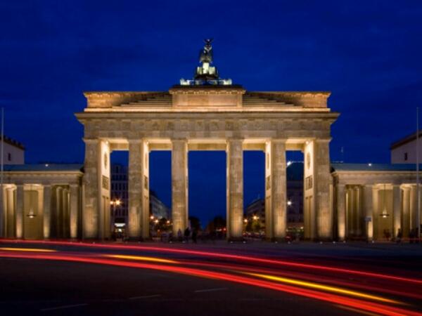 Fakta-Fakta Unik Tembok Berlin Yang Perlu Kamu Tahu Sebelum Berkunjung ke Jerman