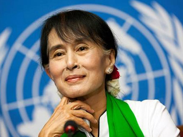 Sosok Inilah yang Berhasil Buat Aung San Suu Kyi Angkat Bicara Soal Konflik Miris Rohingya