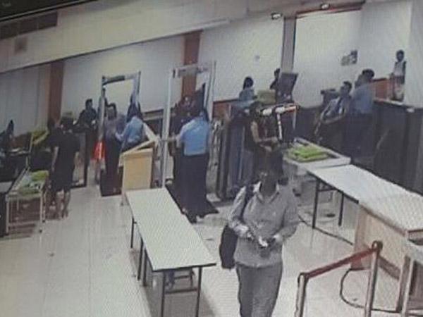 Seperti Ini Aksi 'Kucing-Kucingan' Suami Pembunuh Indria Staf BNN yang Terekam CCTV Bandara