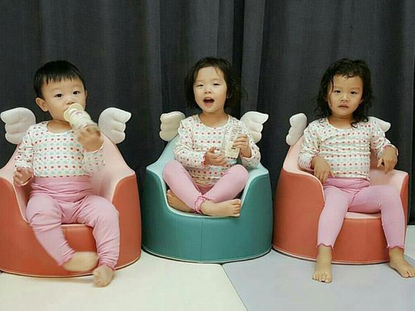 Popularitas Tinggi, Begini yang Terjadi Saat Daebak dan Dua Kakaknya Berkunjung ke Thailand!