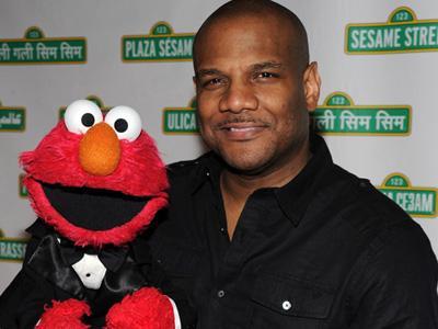 Pengisi Suara Boneka Elmo Sesame Street Akhirnya Mengundurkan Diri