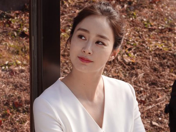 Perpanjang Kontrak dengan Agensi, Kim Tae Hee Tengah Pertimbangkan Proyek Selanjutnya
