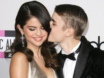 Selena Gomez dan Justin Bieber Makin Romantis!
