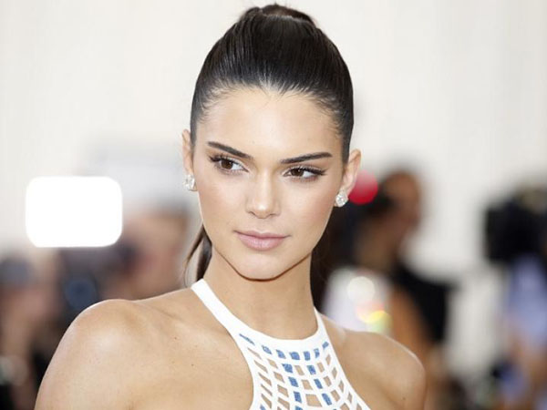 Kendall Jenner Diblokir Aplikasi Uber, Apa Penyebabnya?