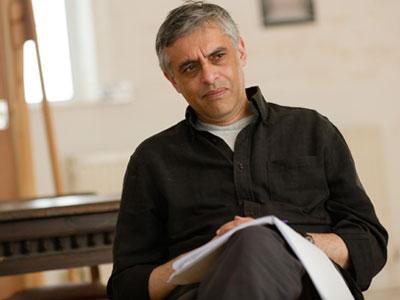 Bintang Film Bond Paul Bhattacharjee Ditemukan Tewas