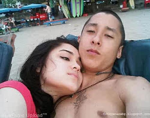 Yasmine-Baim Wong Tak Bahas Foto Mesra