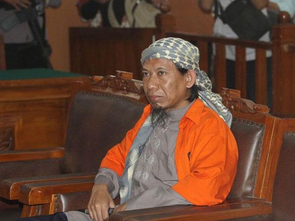 Perencana Bom Thamrin dan Kampung Melayu Aman Abdurrahman Dituntut Hukuman Mati!