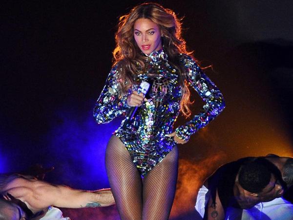 Ini Dia High Heels Senilai Rp 4,5 Miliar yang akan Dikenakan Beyonce di MV Barunya