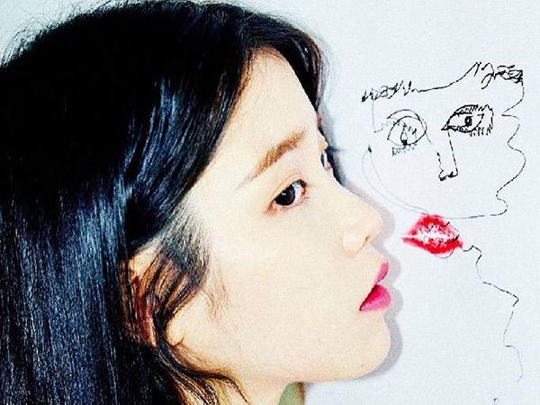 IU Unggah Karya Lukis Mendiang Sulli Rayakan Anniversary Album