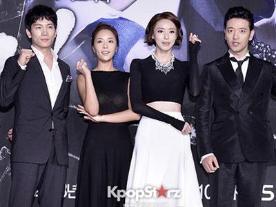 Pemain Drama KBS 'Secret' Hadiahkan Staf Liburan Keluar Negri