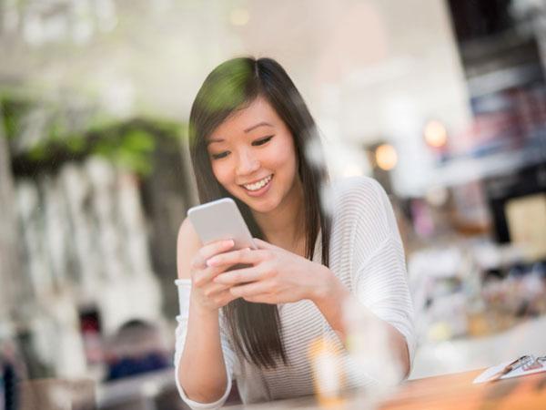 Penelitian Ungkap Alasan Manusia Masa Kini Tak Bisa Hidup Tanpa Smartphone