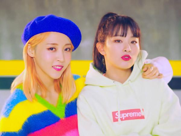 Moonbyul MAMAMOO dan Seulgi Red Velvet Asyik 'Me Time' Ala Anak 90an di MV 'Selfish'