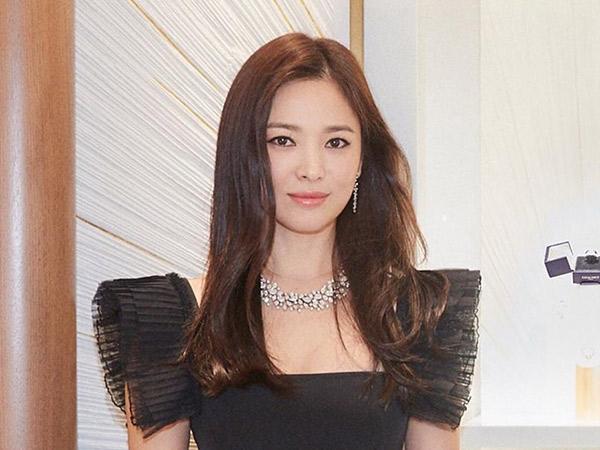 Song Hye Kyo Makin Elegan di Acara Publik Pertama di Korea Pasca Cerai