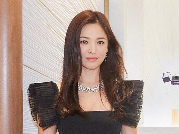 46song-hye-kyo-chaumet.jpg