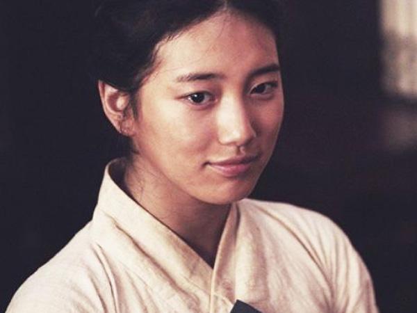 Perannya Di Film 'The Hymn' Ingatkan Suzy Pada Masa Training?