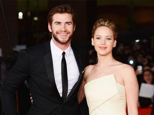 Diam-diam Jennifer Lawrence Pernah Cium Mesra Liam Hemsworth di Luar Syuting?