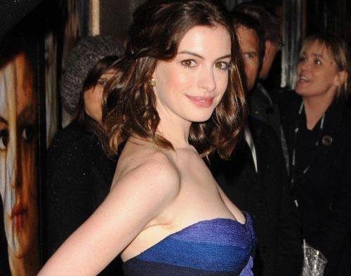 Anne Hathaway Jajal Jadi Produser