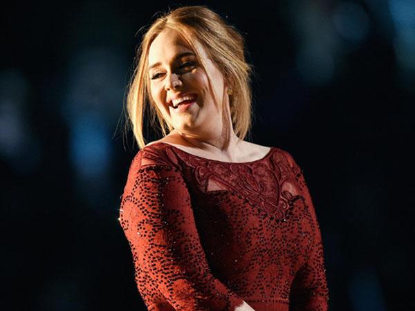 Tampil Mengecewakan Di Grammy Awards Ke-58, Ini Penjelasan Adele