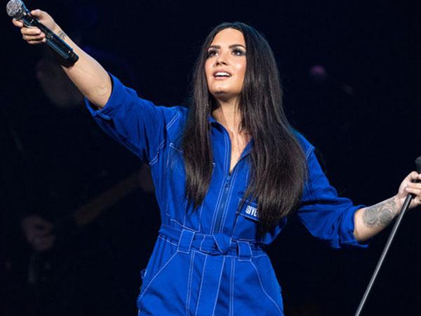 Para Selebriti Hollywood Beri Dukungan Untuk Demi Lovato Lewat Media Sosial