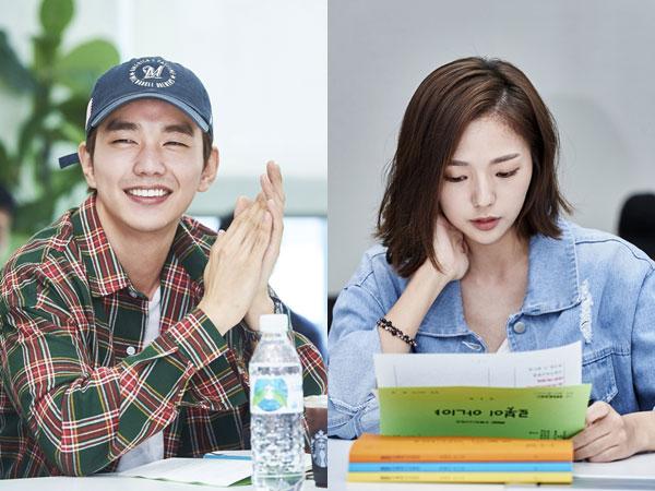 Yoo Seung Ho, Chae Soo Bin, dan Pemain 'I'm Not a Robot' Lainnya Jalani Diskusi Naskah Pertama!