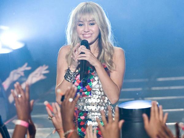 Miley Cyrus Bakal Balik Lagi Jadi Hannah Montana?