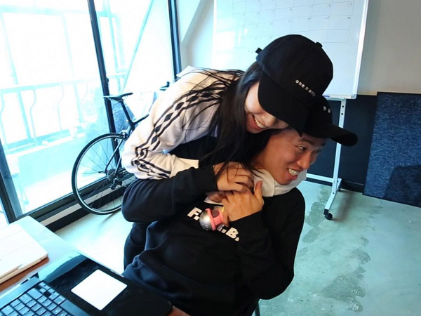 Belum Rela Ditinggal, Song Ji Hyo Kirim Pesan Singkat Mengharukan ke Kang Gary
