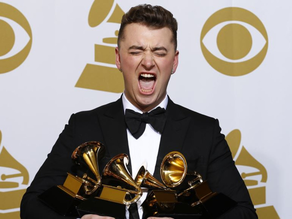 Menang Besar di Grammy Awards 2015, Sam Smith Masih Belum Terima Trofi Kemenangannya?