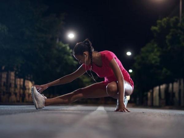 Pahami Perbedaan Manfaat Olahraga Pagi dan Malam Agar Dapat Hasil Maksimal!